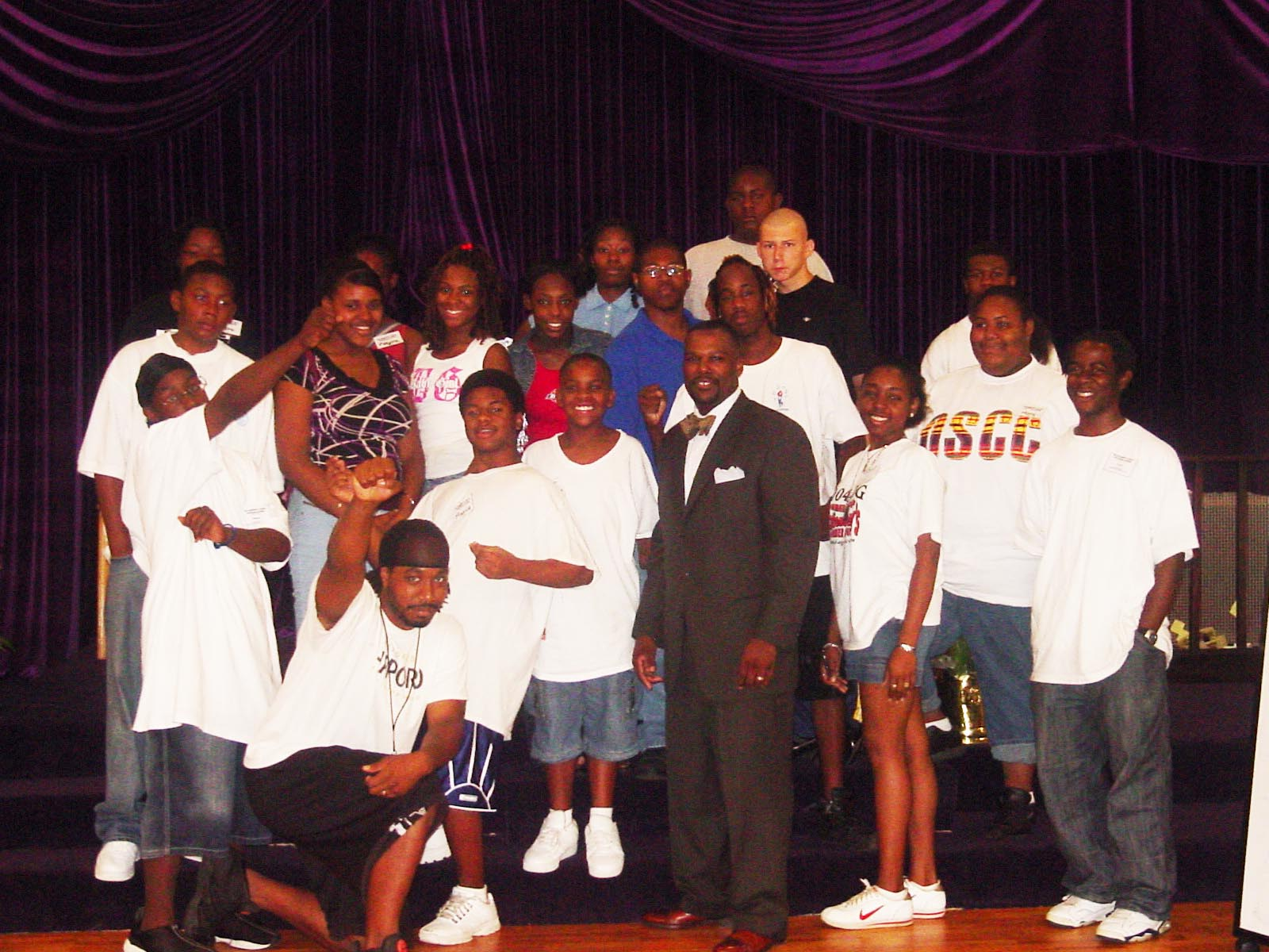 2008-Speaker Leonardo with Students and Staff Afterschool Program